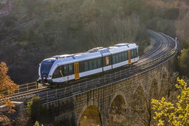 Tren sobre pont