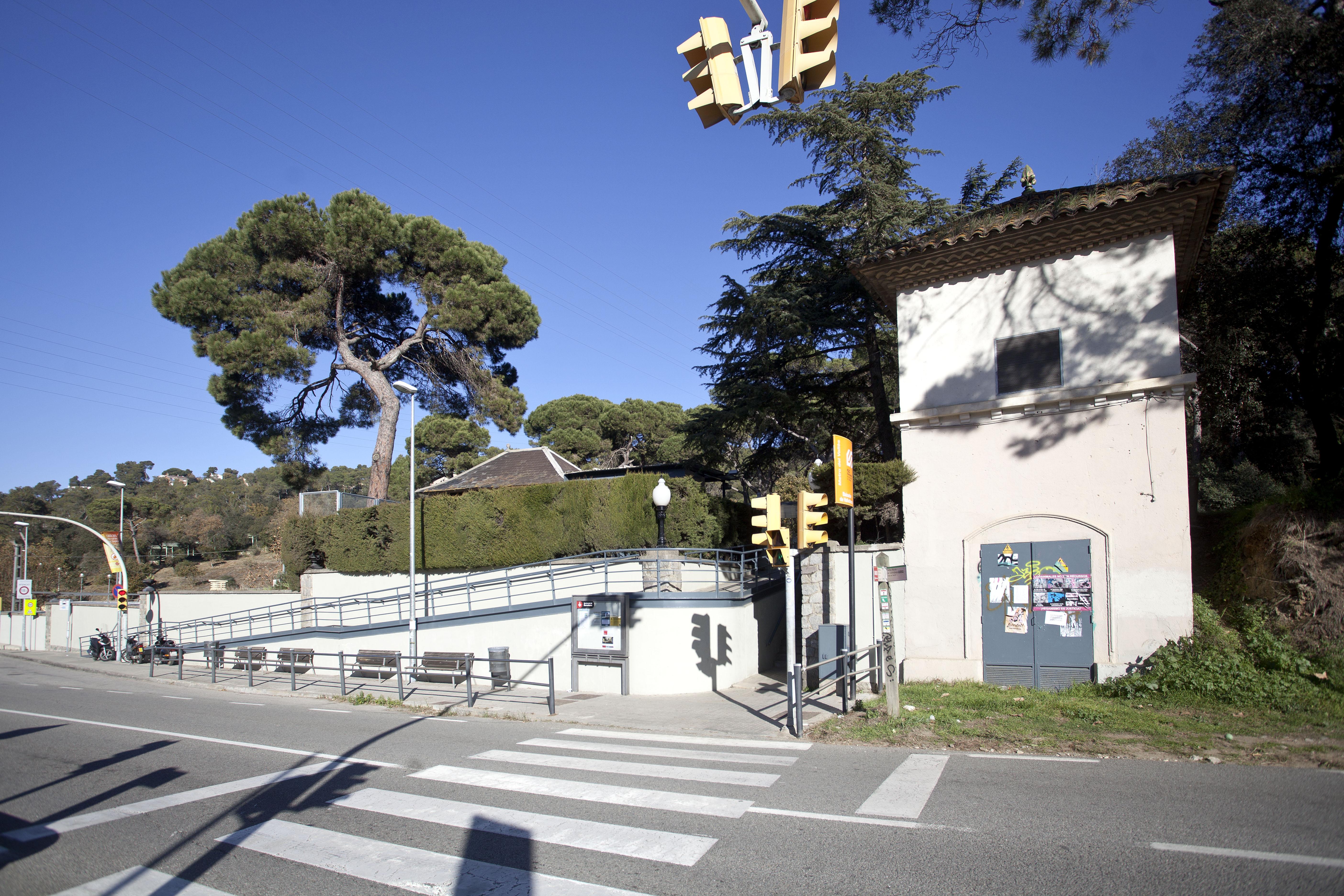 BAIXADOR- DE -VALLVIDRERA- FGC