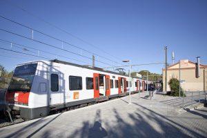 Tren FGC a l'estació