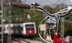 Bicicleta i tren de fons