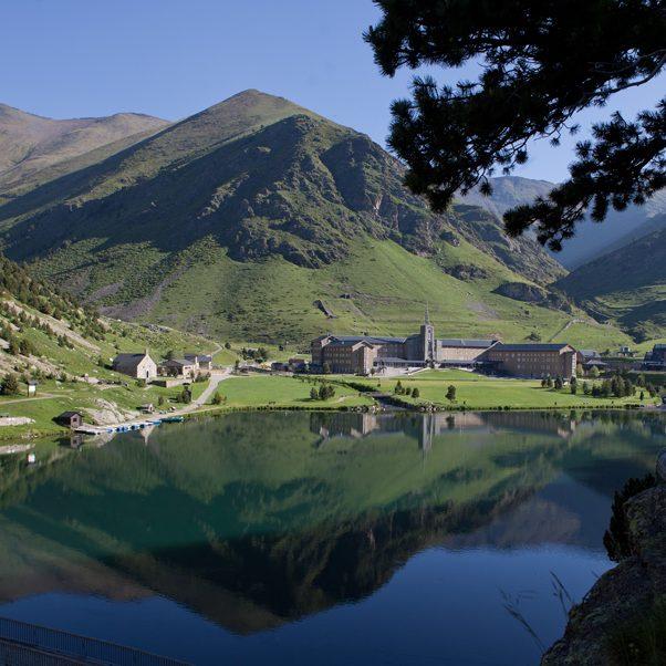 Vall de Núria amb llac