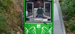 Funicular FGC y conductor