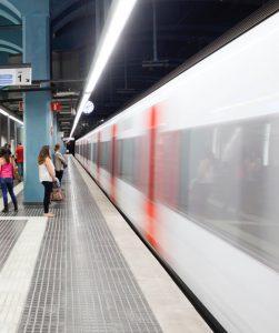 Tren que arriba a l'estacio FGC